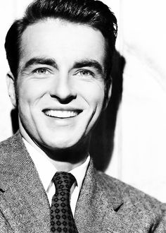 Montgomery Clift, 1950 in s rare smiling moment.