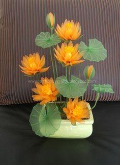 My first stocking flower arrangement Nylon Flowers, Satin Flowers, Clay Flowers, Fabric Flowers, Flower Pots, Nylon Crafts, Crepe Paper Flowers, Flower Lights, Flower Tutorial