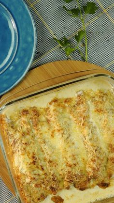 Canelones de Pollo y Espinaca Gratinados Impossible to overcome the creaminess and flavor of these Gratin Cannelloni Tasty Videos, Food Videos, Cooking Videos, Cooking Classes, Deli Food, Good Food, Yummy Food, Cooking Recipes, Healthy Recipes