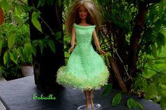 Puppenkleidung - Kleid für Barbie *** hellgrün - ein Designerstück von Sabisilke bei DaWanda
