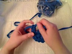 soluranne - YouTube#p/u/4/8gZxm_PDxjc [using large thread/cord when tatting (without shuttle or needle) - NB]