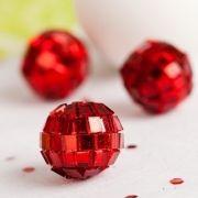 #noel Mini boules à facettes (x9). Maplusbelledeco.com