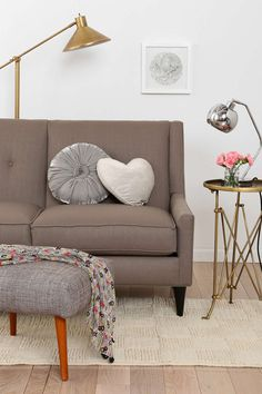 Georgia Loveseat - Urban Outfitters