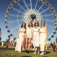 All white 🎡 Coachella 2018, White Outfits, All White, Palm Springs, Cali, Fair Grounds, Adventure, Travel, Instagram