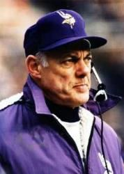 The Vikings had a up and down season last year. After signing Brett Favre to a second season, Minnesota got out to a start before beatin. Nfl Coaches, Nfl Football Players, Best Football Team, School Football, National Football League, Nfl Vikings, Minnesota Vikings Football, Vikings Cheerleaders, Nfl Hall Of Fame