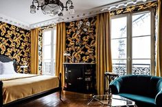 Fancy waking up in a D E L U X E hotel room at @hotelprovidenceparis? For your…