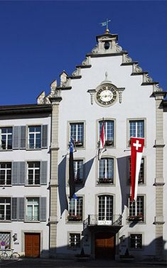 city hall Aarau, northeast of Olten Swiss Design, World Cities, Places To Visit, Around The Worlds, Mansions, Country, House Styles, City, Landscapes