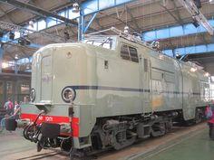 Loc 1201 in its original livery