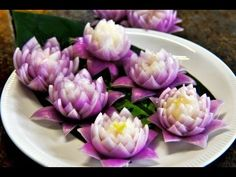 How to Make Red Onion Lotus Flower หัวหอมทอดรูปดอกไม้ Fried Onion Ring Flower Shape - YouTube