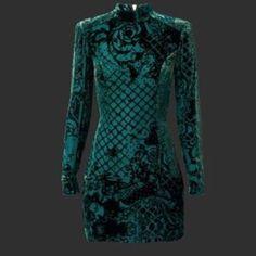 Balmain Authentic velvet green/black bodycon dress Balmain Authentic velvet green/black bodycon dress Balmain Dresses Mini