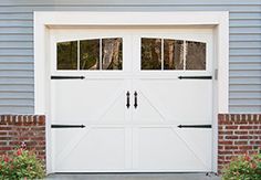 Carriage House Style Garage Door Model 303 Collection The Is A Line Of Doors That Offers
