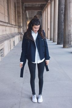 Simple relaxed fair fashion outfit