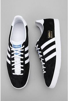Adidas Gazelle OG - Newest style of Gaselle basically a 'slimline' version of the standard Gazelle. My girlfriend has a pair of these in Navy and they look proper smart, so a great option for girls too - Hopefully get myself a pair of standard or OG's myself in the future though