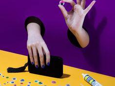 DIY Pinata- How To Make Cinco De Mayo Pinatas Cinco De Mayo Specials, Sectional Slipcover, Cool Artwork, Diy Painting, Diy Projects, Make It Yourself, Pretty, Crafts, Decor