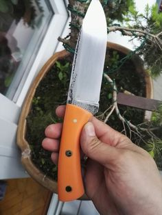Knife, nc6 steel and g10 handle