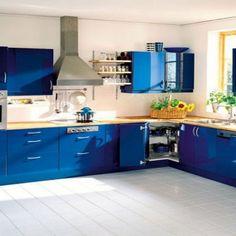 bright orange kitchen decor | http://avhts | pinterest