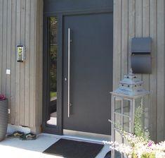 Haustüren Modern Entrance Door, Entrance Doors, Magic House, Dutch House, House Front Door, Door Design, Building A House, Modern Design, Construction