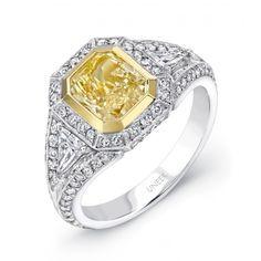 trillion diamond, diamond engag, yellow radiant, center diamond, yellow diamonds