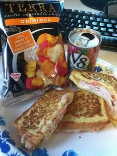 Turkey Swiss Sandwich with a V8 and Veggie Chips - lunch was so healthy and delicious with Diet-to-Go!
