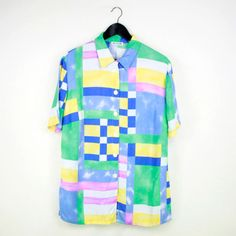 Graphic pastel shirt