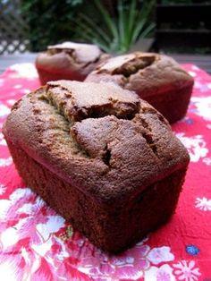 Petits cakes de farine de riz à la banane vanillée (sans gluten, sans produits laitiers)