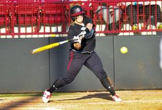 Sarah Mooney University of South Carolina Softball) had a solo homer vs. Florida Atlantic in a two-hit game
