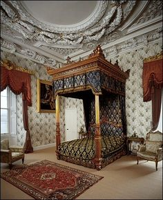 © Thirlestane Castle Trust The Duke's Grand Bed Chamber This is one of… Royal Bedroom, Palace Interior, Charleston Homes, Grand Homes, Big Houses, Manor Houses, Cool Beds, Historic Homes, My Dream Home