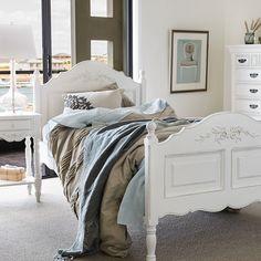 Early Settler Bedroom Google Search New Home Pinterest - Settler bedroom furniture