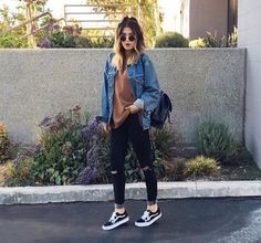 37 Fashionable Ways To Wear Vans #vans #sneakers #school #outfits