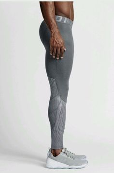 Style #--- 744283-091. Mens nike pro hypercool max compression tights. Mens nike tights. Size--- large. Material--- 93% polyester and 7% spandex. Retail--- $80.00. Smoke and per free home.