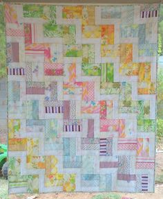 https://flic.kr/p/acABic | zig zag rail fence quilt - front | Liz Taylor * Handmade