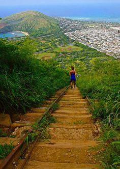 Koko Crater is a moderately challenging hike, but the views make the effort worthwhile. #Oahu #Hawaii