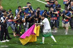 News Photo : Real Madrid's Spanish defender Sergio Ramos poses...