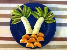 île déserte ... Toddler Meals, Kids Meals, Deco Fruit, Jungle Party, Cactus Plants, Carrots, Vegetables, Cooking, Food Kids