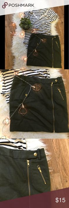 Olive Green J Crew Skirt This is a great piece for work, school, or a date nights. Dress it up or dress it down.  Great with tights for cold days or by itself in the summer. Very versatile and timeless!   #olivegreenskirt #olivegreen #jcrew2 #jcrew #versatile #zipperskirt #hipsterchic #workattire #yearroundwear J. Crew Skirts Mini