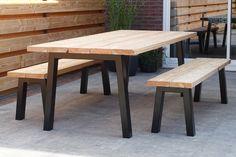 Types of Garden - Rustic Outdoor Furniture, Garden Furniture, Home Furniture, Outdoor Decor, Furniture Design, Diy Garden Table, Small Gardens, Starting A Garden, Home And Garden