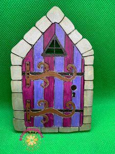 - 6 Wooden Fairy Doors Volume Two - 6 Fairy Doors to decorate Settlers Of Catan, Round Rock, School Play, Painting On Wood, Rock Painting, Fairy Doors, Game Pieces, Painted Doors, Fairy Land