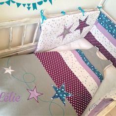 Tour de lit et gigoteuse turbulette 12/24 mois pour bébé sur commande / thème étoiles filantes