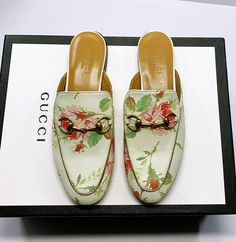 Guccl New Female Models Male Models 18059955283 Gucci Shoes, Men's Shoes, New Product, Product Launch, Time Shop, Sports Shoes, Female Models, Casual Shoes, Fendi