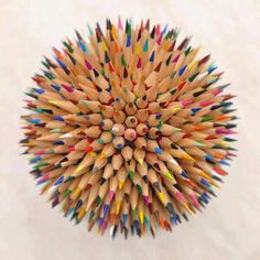 idk what it is about colored pencils but when people take pictures of them I get amazed