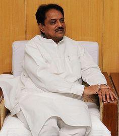 Union Science and Technology Minister Vilasrao Deshmukh , who has been admitted to the Global Hospital in Chennai with a liver ailment, is in critical condition, sources said on Tuesday.
