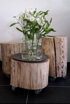 Stoer, Strak & Stijlvol!  >>> Stoereplanken.nl  Gave #boomstam #bijzettafeltjes Decor, Furniture, Wooden Art, Wood Crafts, Side Table, Table, Table Decorations, Decorating Coffee Tables, Log Furniture
