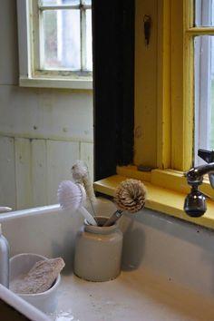 article-image stoneware dishes for scrub brushes and sponge storage