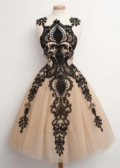 Tulle and black lace?? Yes times a million!