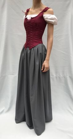 This rich dark red corset is a perfect eye catching texture for a Shakespearean, Elizabethan, Renaissance, or any historical period costume. Renaissance Fair Costume, Renaissance Fashion, Renaissance Clothing, Renaissance Skirt, Medieval Costume, Plus Size Renaissance Dress, Simple Medieval Dress, Medieval Gown, Steampunk Clothing