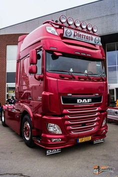 DAF Truck - We rent used trailers in any condition. Contact USTrailer and let us rent your trailer. Click to http://USTrailer.com or Call 816-795-8484