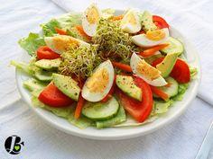 sałatki | Strona 3 z 3 | Dietetyk rodzinny Caprese, Cobb Salad, Food, Essen, Meals, Yemek, Eten
