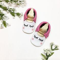 Hot Pink Unicorn Moccasins Unicorn Birthday Unicorn Party Unicorn Outfit www.angelbabymoccs.etsy.com