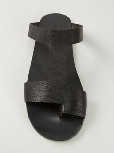 Marsèll sandalias con correas Gold High Heel Sandals, Toe Loop Sandals, Leather Sandals, Bohemian Sandals, Kicks Shoes, Chelsea Ankle Boots, Leather Flip Flops, Designer Sandals, Types Of Shoes