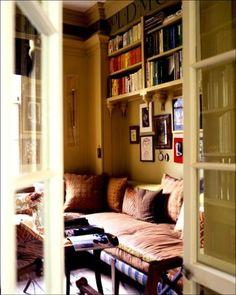 apartmentdreams:  fuckyeahbookshelves:  bookspaperscissors:  dwellingsanddecor:  booklover: (via selinamelina2)